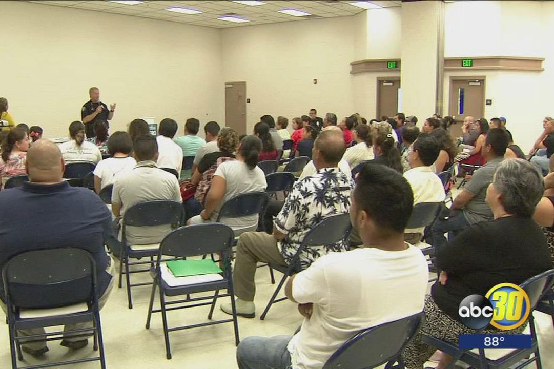 Selma Police Chief Eases Residents' Deportation Fears At Community Meeting