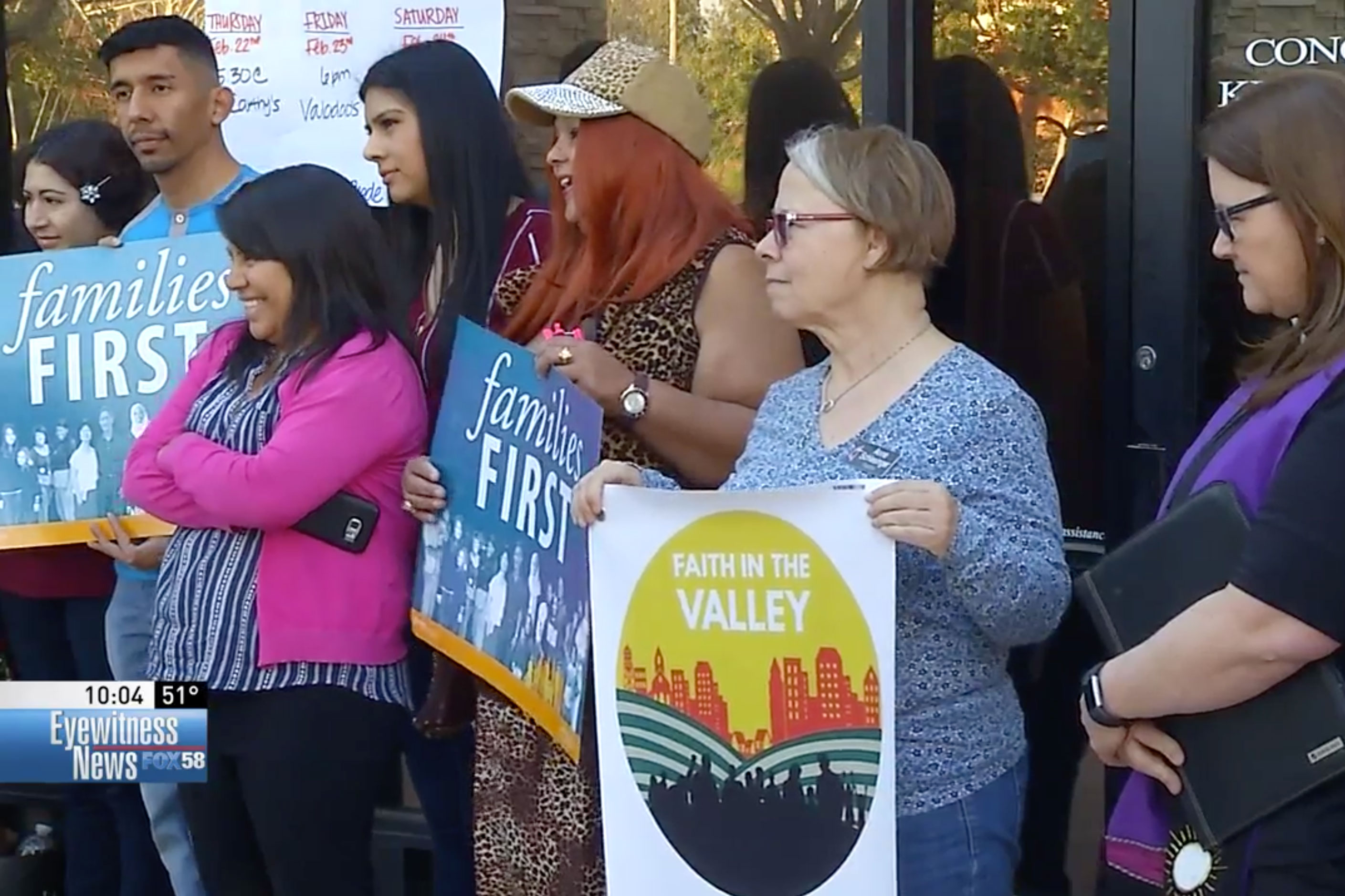 Faith In Kern Leaders Hold A Nightly DACA Rally Outside Local McCarthy, Valadao Offices For Lent