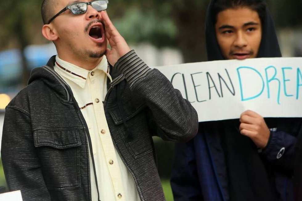 "A Man Calls For A ""clean"" Dream Act Outside Of The Fresno Federal Courhouse In December. (Photo By JUAN ESPARZA LOERA/Fresno Bee)"
